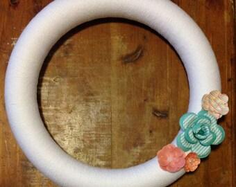 Yarn Wreath, White-MUST GO!