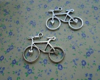 20 pcs of antique silver color metal bicycle pendant charm , 30*24mm , MP38