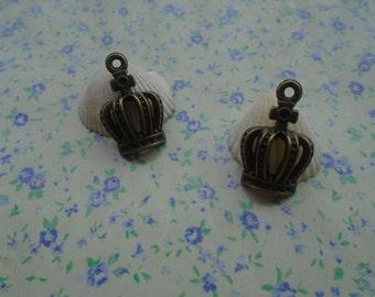 20 pcs of antique bronze color metal crown pendant charm , 20*13mm , MP84