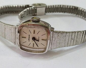 Vintage Wittnauer Mechanical Wristwatch Movement with Band - Steampunk, Altered Art Supplies - works, but needs service