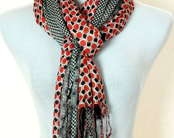 Geometric Print Scarf (Red)