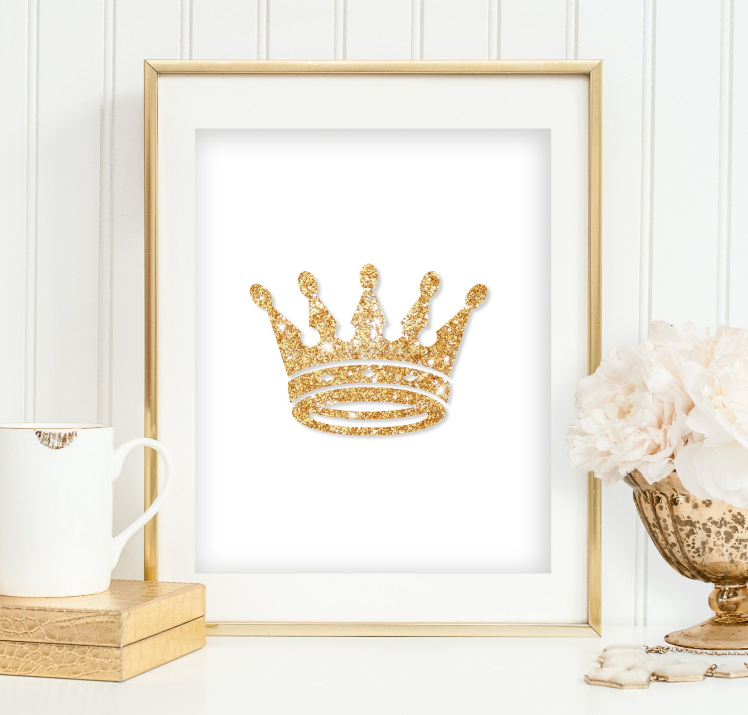 Gold glitter crown print girl 39 s bedroom wall art princess for Gold wall art