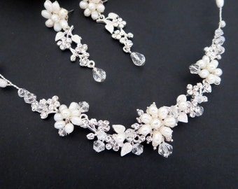 Pearl Bridal necklace SET, Crystal Wedding jewelry, Freshwater pearl necklace, Pearl earrings, Wedding necklace and earrings, Swarovski