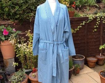 Vintage L 41-43 in 104-109 cm cotton & polyester mix gentlemans robe