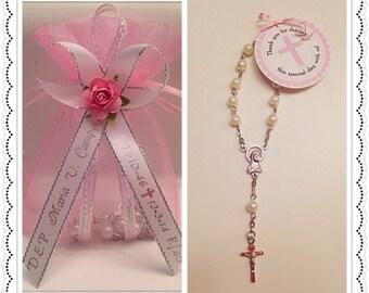 Favores de Rosario - 24 personalizada Mini rosarios blancos con rosa en Organza regalo bolsa de bautismo/Comunion Recuerdos de Bautizo