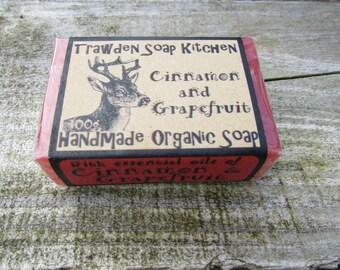Handmade Organic Aromatherapy Glycerin Vegan Soap - Cinnamon & Grapefruit. 100g / 3.5oz bar