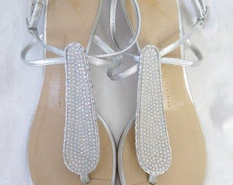 Giuseppe Zanotti pearl studded silver wedge thong sandals/ low stacked heel: size  IT 39.5 fits 8.5-9