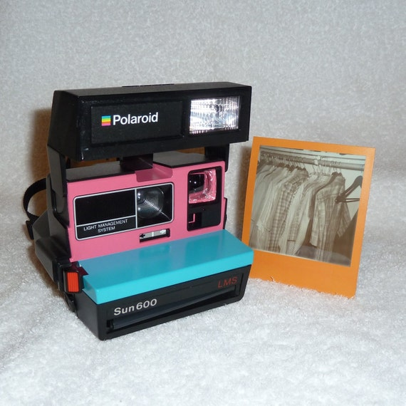 sun 600 polaroid camera upcycled with turquoise and pink. Black Bedroom Furniture Sets. Home Design Ideas
