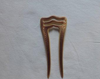 A Delicate Comb