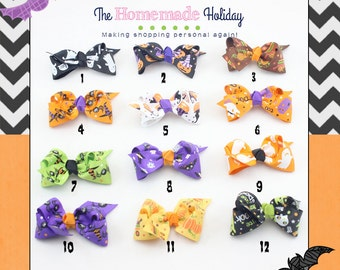 Add a Halloween hairbow to your order! This is an add on not to be purchased alone