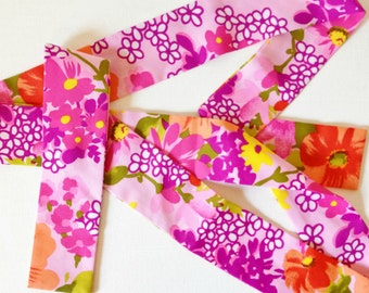 Vintage flower power fabric belt from the 1960s or 1970s