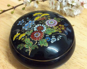 Vintage black ceramic trinket box, Japanese ceramic trinket dish with lid, trinket box with flowers and gold detail.