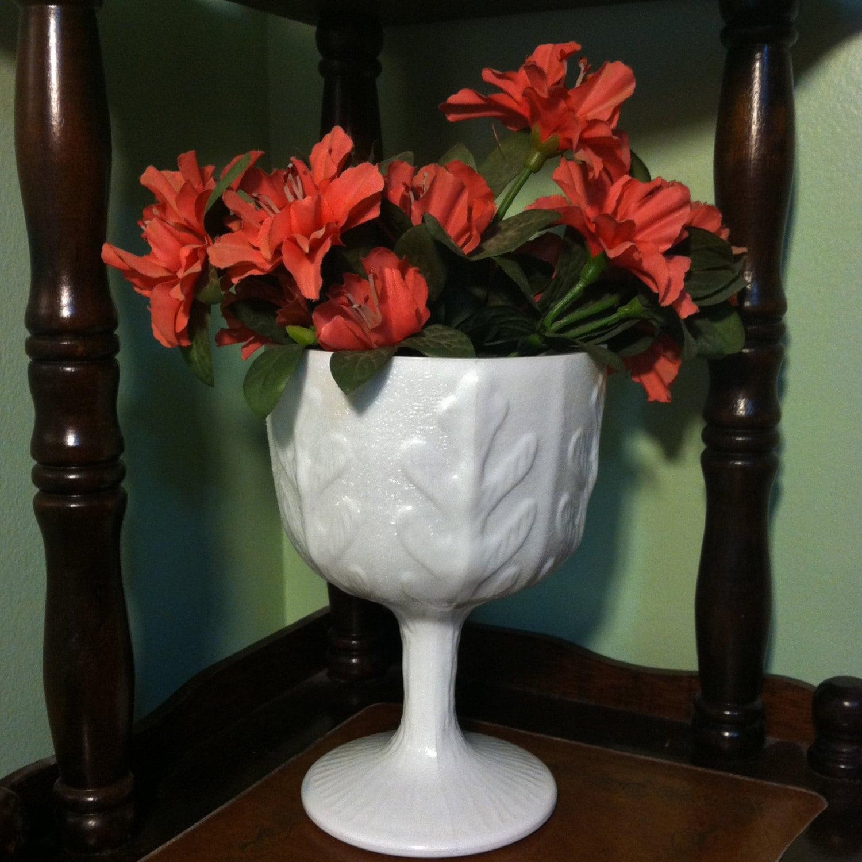 Vintage 1975 FTD White Milk Glass Flower Vase Old Pedestal