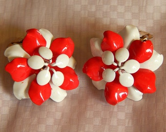 Cute Vintage Clip Earrings - Red and White Flowers, 1960s (?)