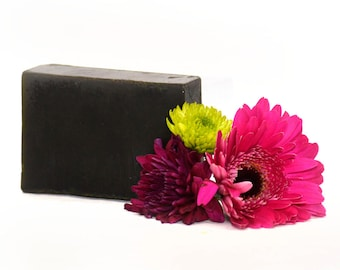 Nettle Soap for Eczema, Psoriasis, Dry and Sensitive Skin. 100g Handmade Soap. Vegan, Natural, SLS and Parabens Free