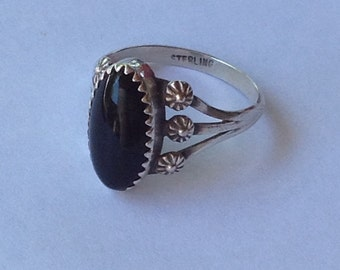 Vintage Southwestern Oval Onyx Sterling Silver Ring