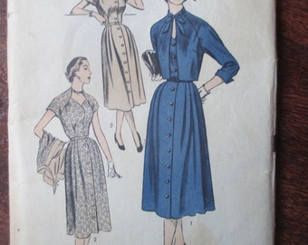 Vintage 1950s Advance Dress Pattern 6345 (15 pieces-no ink) Bust-42 Hip-45