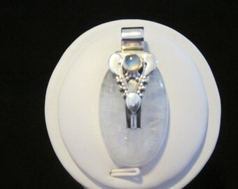 Moonstone Sterling Silver Pendant (69)