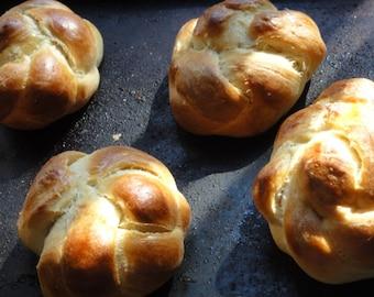 1 lb Challah bread, braided bread, sweet braided bread, small challah bread, brios