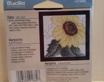 """Bucilla """"Daisy"""" 2.5"""" x 2.5"""" Counted Cross Stitch Kit"""