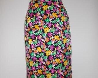 Vintage skirt black floral size large