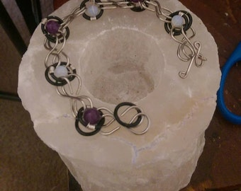Infinity bracelet with amethyst and opalite beads