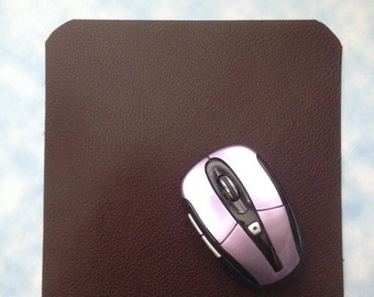 Top grain leather mouse pad