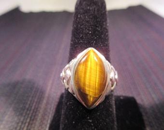 Sterling Silver Cat's Eye Ring - 8