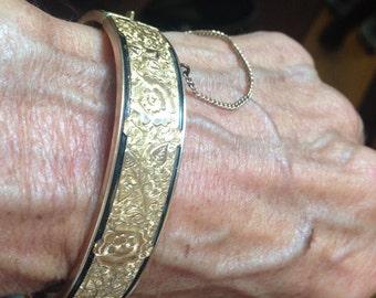 Charming 1920's Dunn Bros. Gold Filled Hinged Bangle Bracelet
