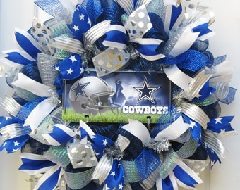 Blue, silver and white deco mesh wreath with Dallas Cowboys sign, Dallas Cowboys license plate, door wreath, sports decor, football wreath
