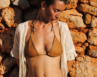 size S Handmade leather bikini top in brown, with rivets. size S