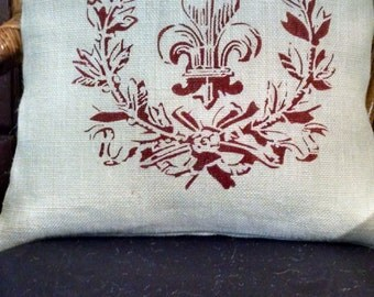 "Chic Country French 18""x18"" White Fleur de Lis with Crown Burlap Pillow Cover"