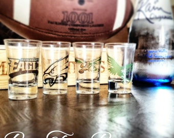 Philadelphia Eagles Shot Glasses | Football | NFL | Gifts for him | Vintage