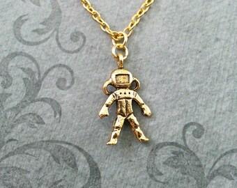 Astronaut Necklace Astronaut Jewelry Astronaut Pendant Necklace Gold Astronaut Charm Necklace Astronaut Gift Space Jewelry Space Gift