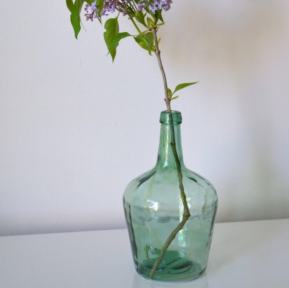 Bonbonne dame jeanne 25 litres en verre souffl vert clair for A bon verre bonne table