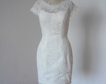 Sheath Cap Sleeves V-back Ivory Lace Short Wedding Reception Dress