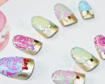 Japanese kawaii nail art false nail, fake nails, manga, sailormoon, multicolor, gold, star, moon, lolita accessory, fairykei