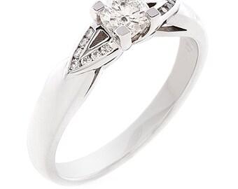 18kt White Gold Diamond Ring 1E330