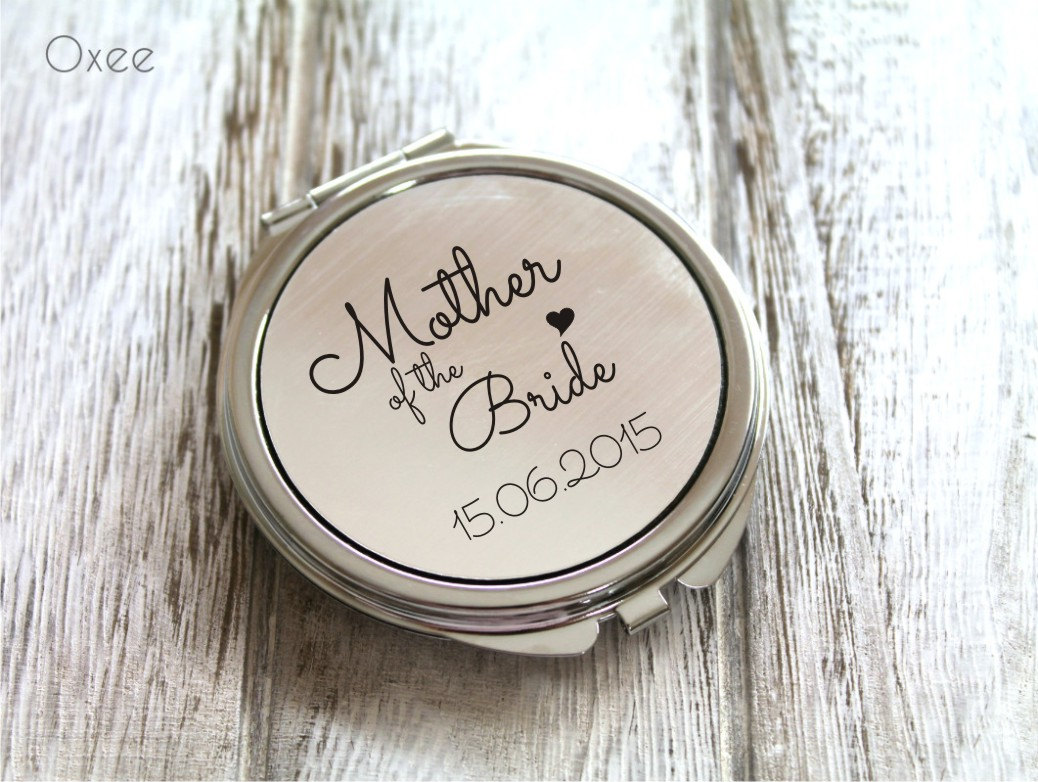 personalized engraved pocket mirror compact mirror wedding. Black Bedroom Furniture Sets. Home Design Ideas