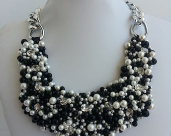 Statement necklace, Collar necklace, Pearl necklace, Beaded necklace with strass IV34