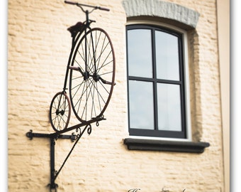 Old bicycle photography, Dutch decor, Window wall art, Window photography, Antique bike, Holland art, Bicycle canvas, Bicycle art, Vintage