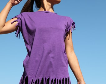 Vintage womens purple T-Shirt.one size