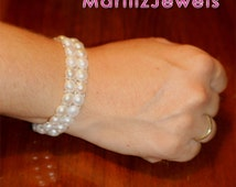 Double strand pearl bracelet adjustable, silicone elastic cord, button pearls, white pearls, unique piece, handmade