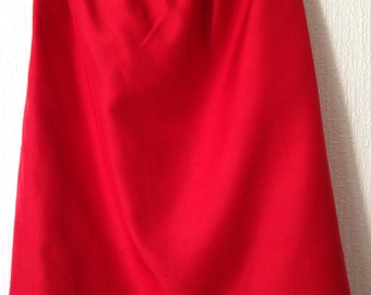 Red silk skirt Guy Laroche
