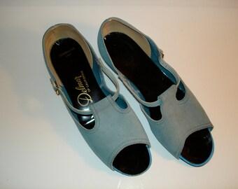 1960s Delmar of California Suede Shoes