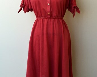 1970's VINTAGE CASUAL DRESS-My Arms Are Tied Dress