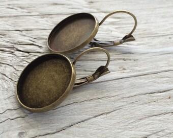 Earring blank bezel vintage look brass 18mm leverback 1 pair