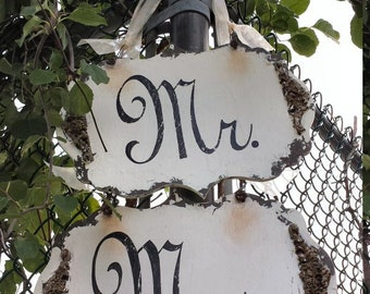 Mr and Mrs Signs. Wedding Chair Sign. Wedding Sign. Rustic Wedding. Wedding Decor. Wedding Reception. Wedding Ceremony.