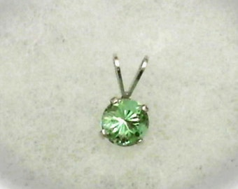 6mm Pink to Green Color Change Zandrite in 925 Sterling Silver Pendant Necklace