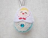 Felt White vs Blue Russian Doll (Medium Size), Felt doll, Felt Matryoshka, Felt Christmas Ornament, Felt Keychain, Felt Toy